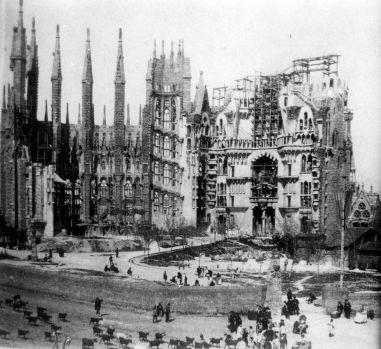 la_sagrada_familia_en_construccion_c-_1915